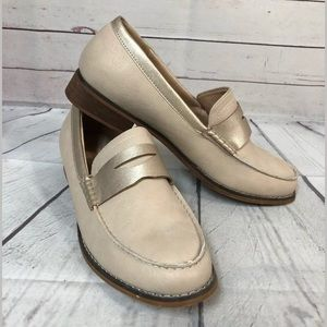 Wanted 10 Loafers Boutique Beige Cream Gold Shoes